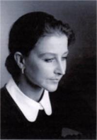 Esther Protzman_portrait